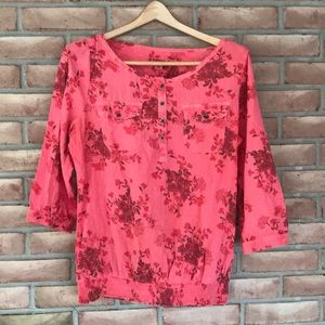 Ruff Hewn M long sleeved red flowered top